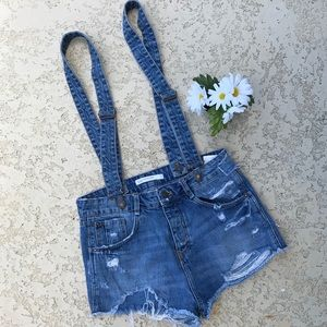 ZARA Distressed Detachable Overall Jean Shorts 4